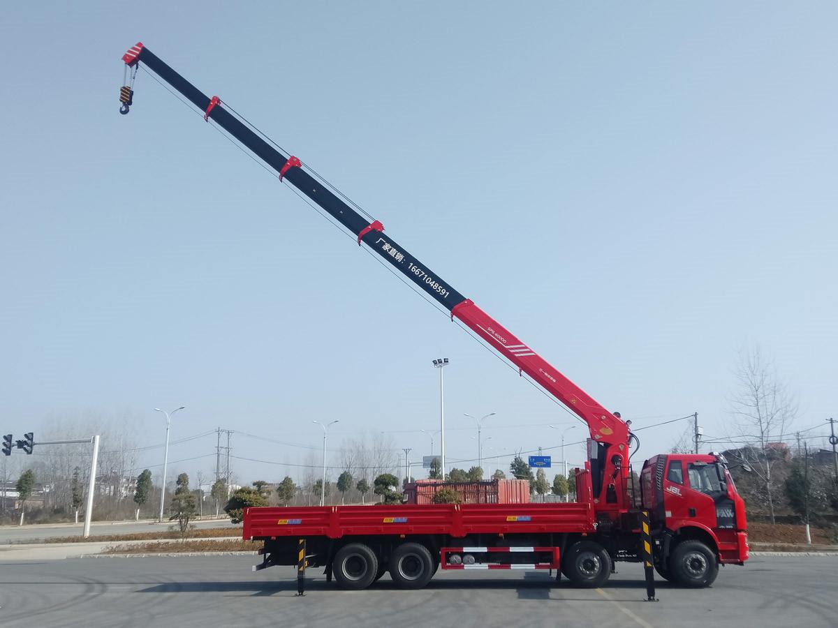 解放前四后八三一16吨随车吊全方位高清图展示