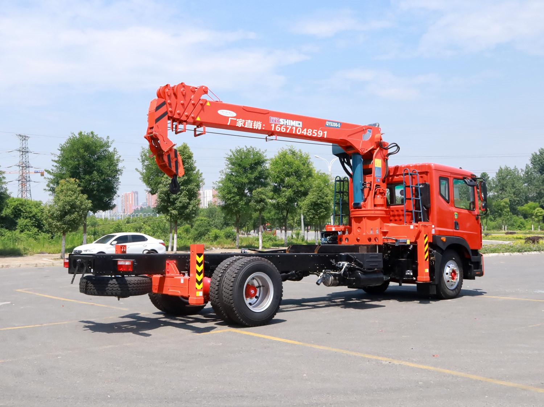 多利卡D9排半石煤8吨随车吊全方位高清图展示