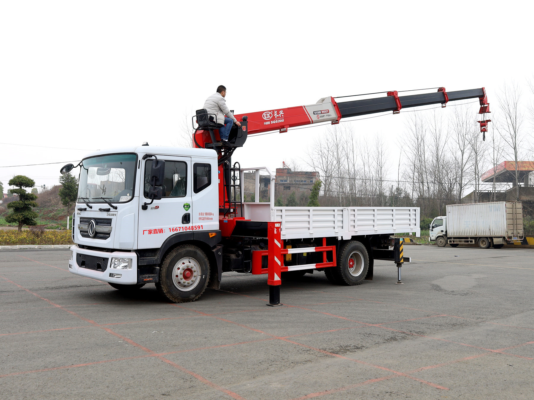 多利卡长兴8吨随车吊全方位高清图展示
