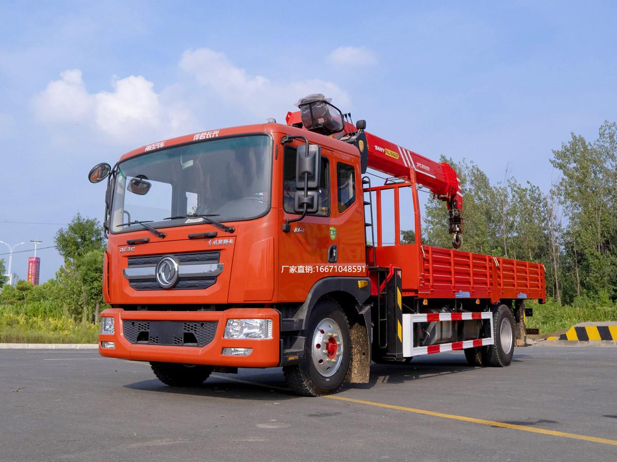 多利卡三一8吨随车吊全方位高清图展示