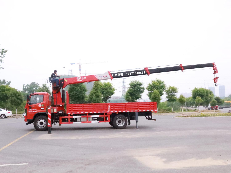 多利卡D9单排长兴8吨随车吊全方位高清图展示