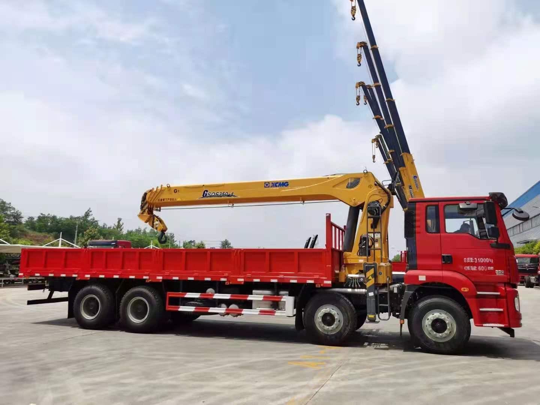 陕汽德龙前四后八徐工14吨随车吊全方位高清图展示
