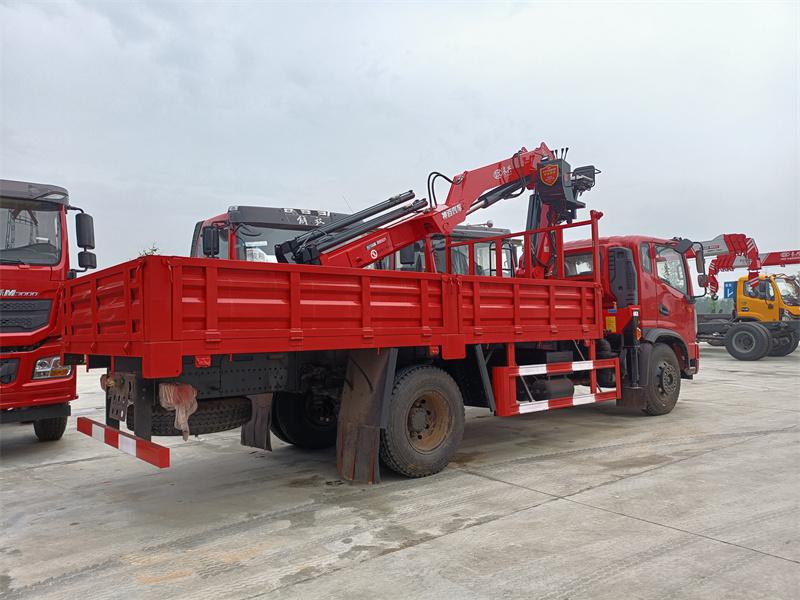 东风华神长兴6.3吨折臂随车吊全方位高清图展示