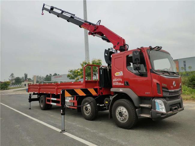 柳汽小三轴长兴12吨折臂随车吊全方位高清图展示