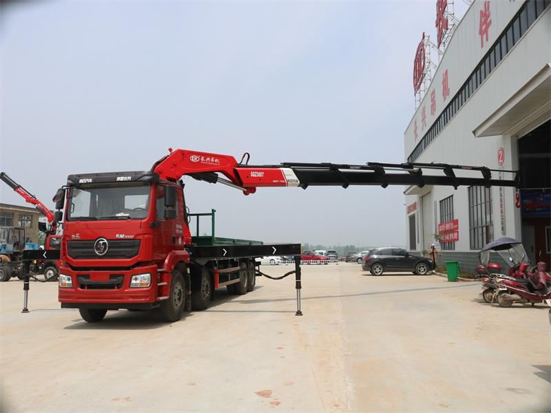 陕汽德龙前四后八长兴25吨折臂随车吊全方位高清图展示