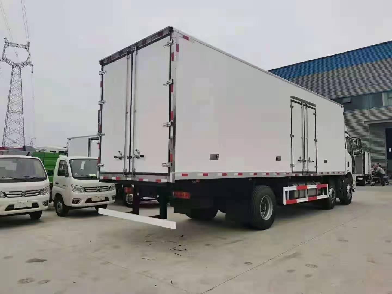 国解六放J6L小轴三冷藏车全方位高清图展示