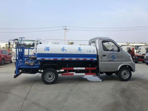 昌河国六小两方绿化喷洒车全方位高清图展示