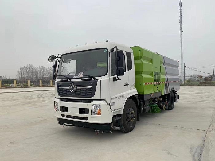 程力集团道路车清扫车助力国家环卫事业
