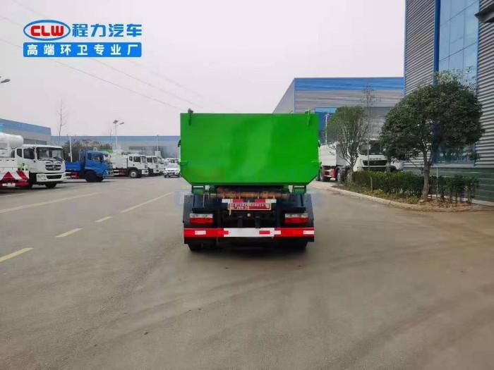 国6小多利卡勾臂垃圾车(5方)
