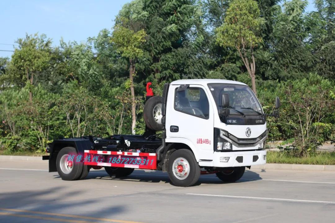 东风小多利卡车厢可卸式垃圾车