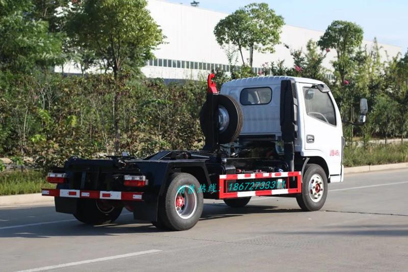 东风小多利卡车厢可卸式垃圾车后锁紧