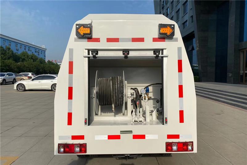 长安小型路面养护车