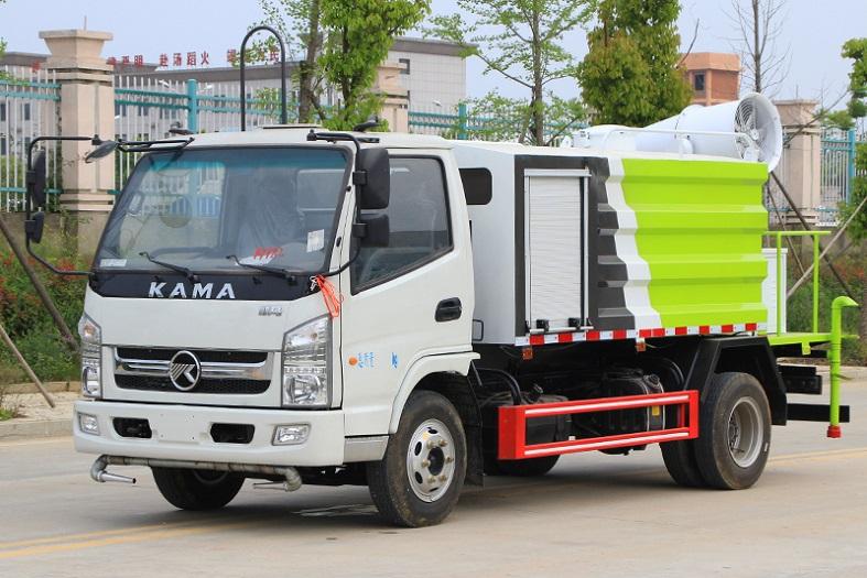 凯马蓝牌5吨多功能抑尘车