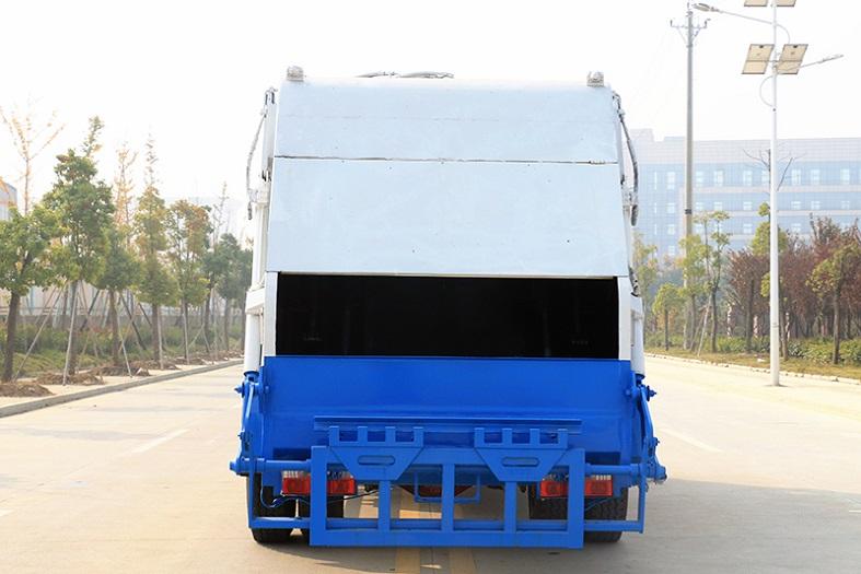 东风多利卡D9系列10-12立方压缩式垃圾车