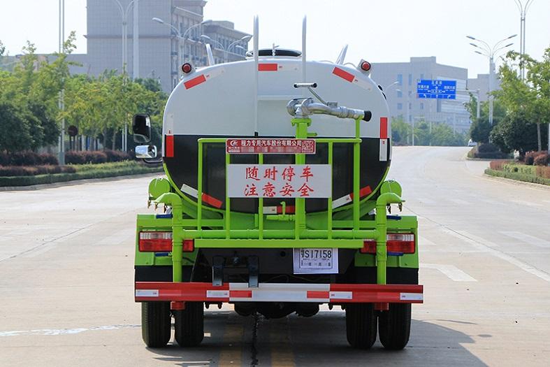 东风小多利卡5吨洒水车国六