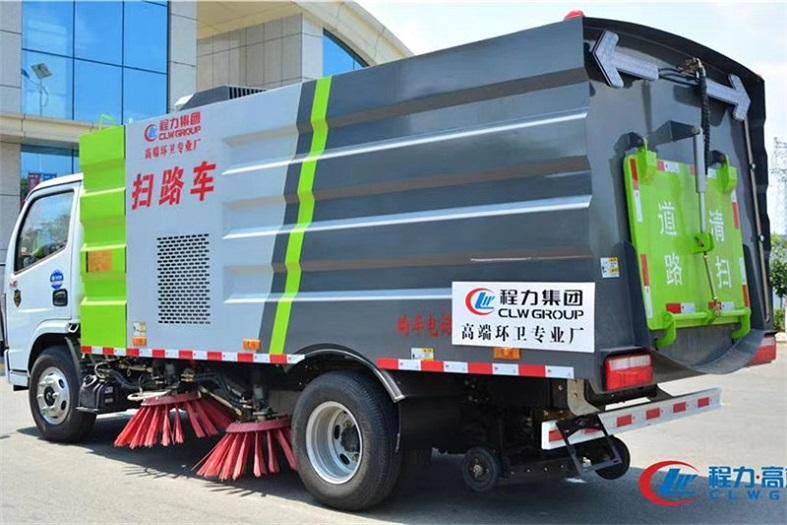 东风8吨(2.5水/5尘)扫路车国六大多利卡