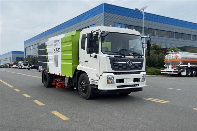 东风天锦16吨(4水/8尘)扫路车国六