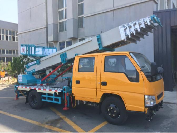 黑龙江进口32米云梯车简介