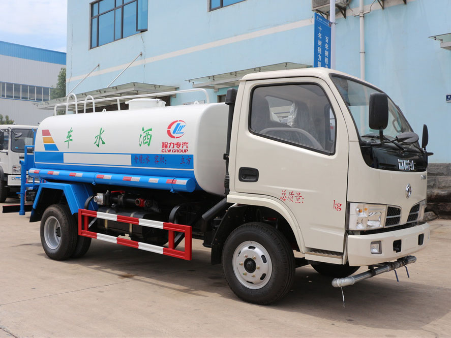 东风多利卡(5方)CLW5070GSSD5型备用车