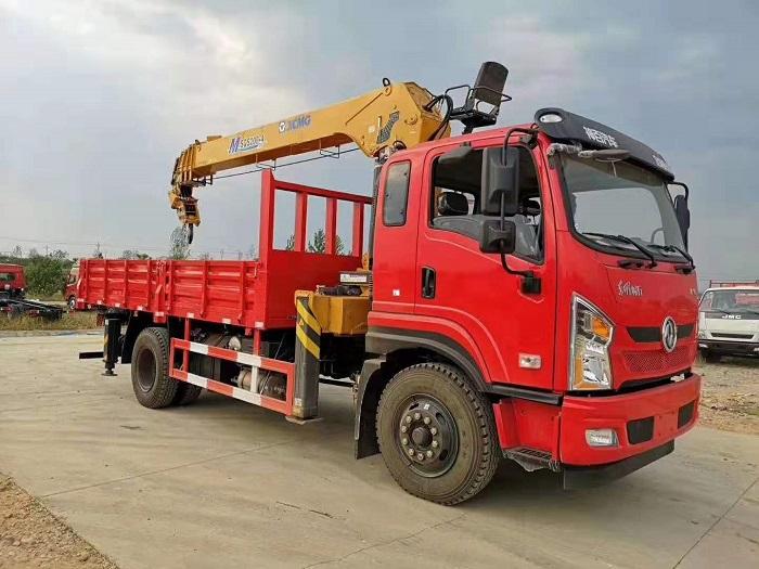 东风畅行D1L长兴6.3吨,8吨随车吊