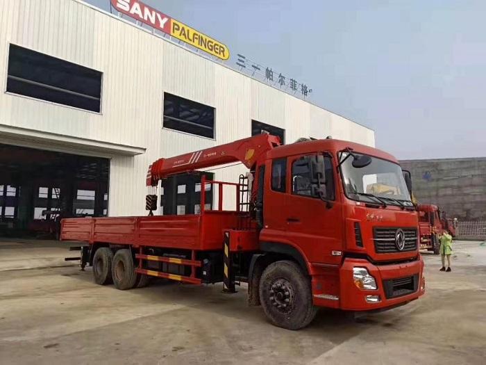 DFH5250JSQAX13随车起重运输车