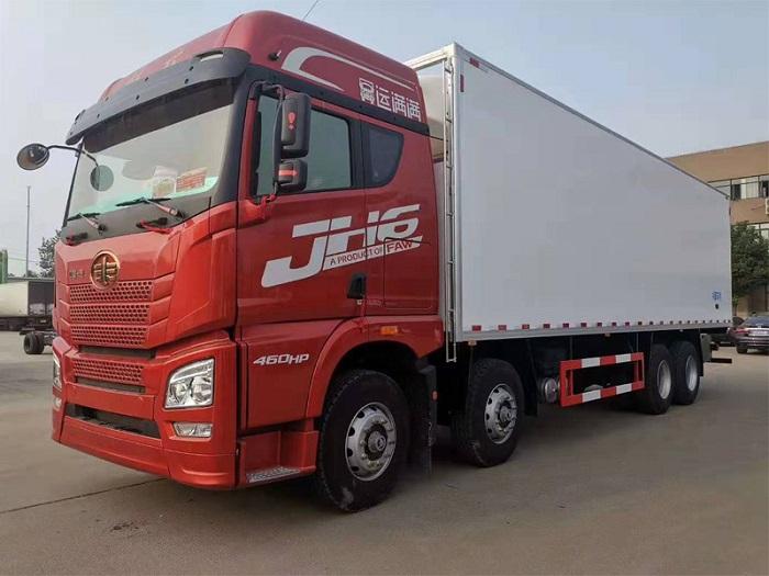 解放J6P前四后八9米4冷藏车容积:60m³