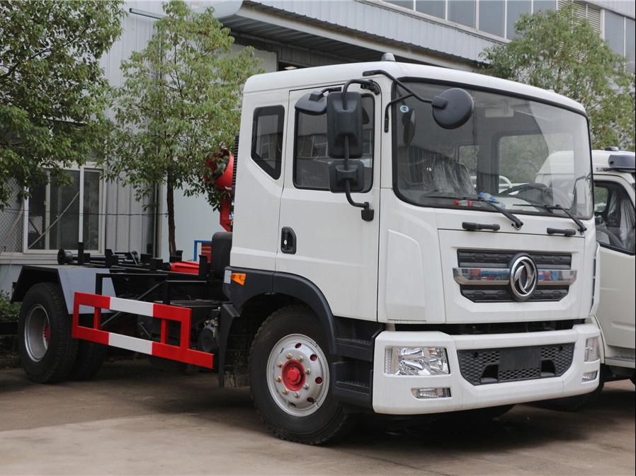 东风多利卡D9(12方)CLW5160ZXXD5车厢可卸式国际车型简介
