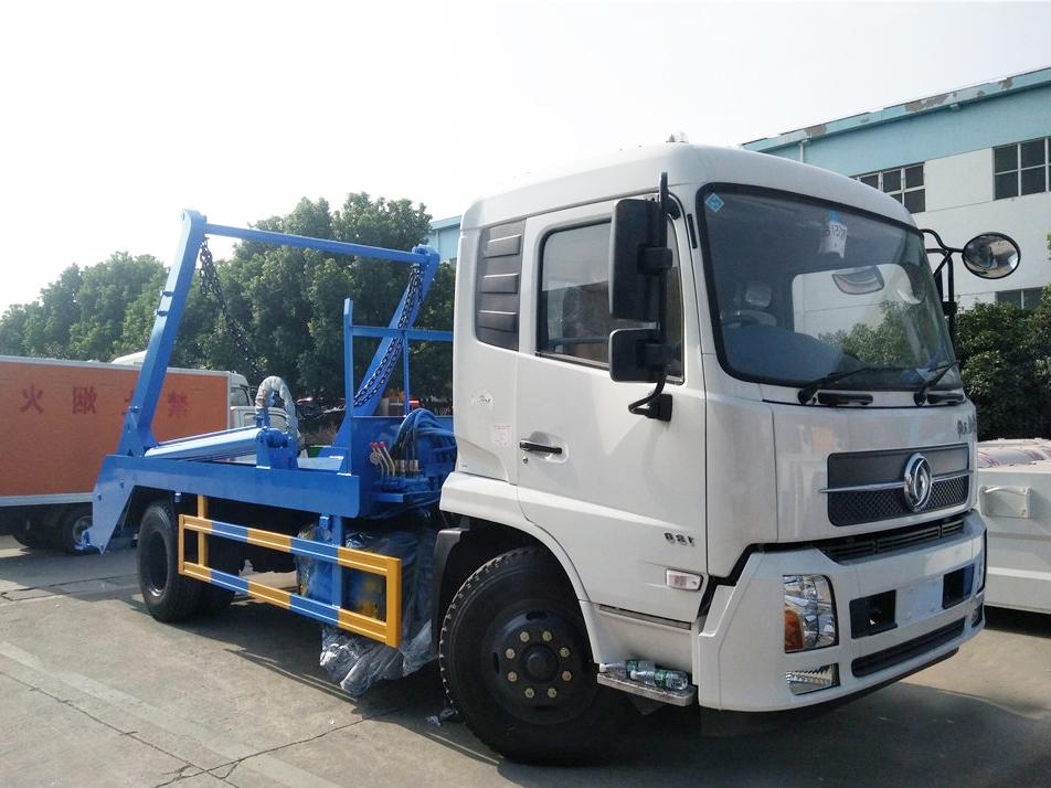 重庆东风天锦(12方)HLW5160ZBS5DF摆臂式垃圾车车型简介