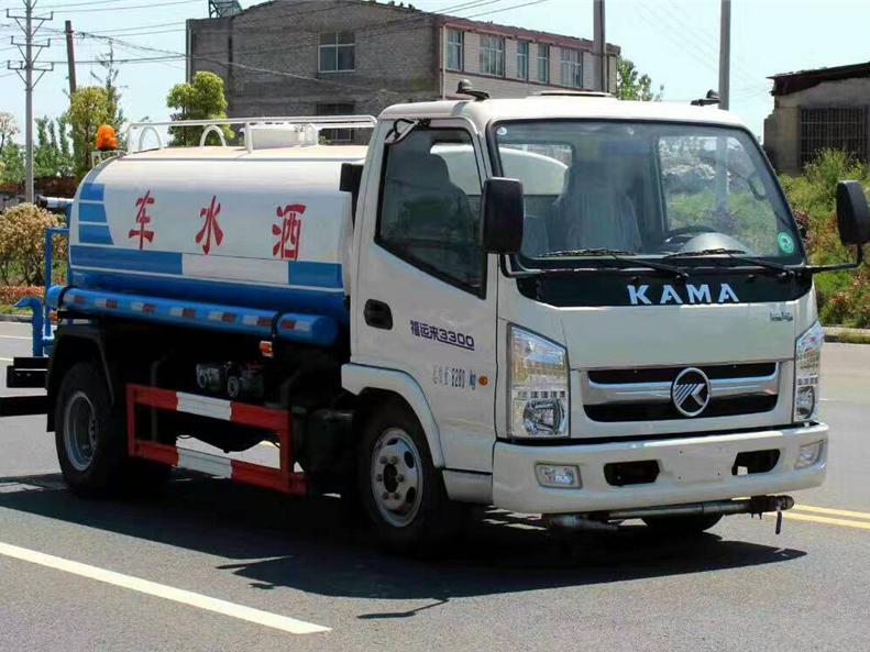 凯马5方国五KMC5076GSSA33D5备用车车型简介