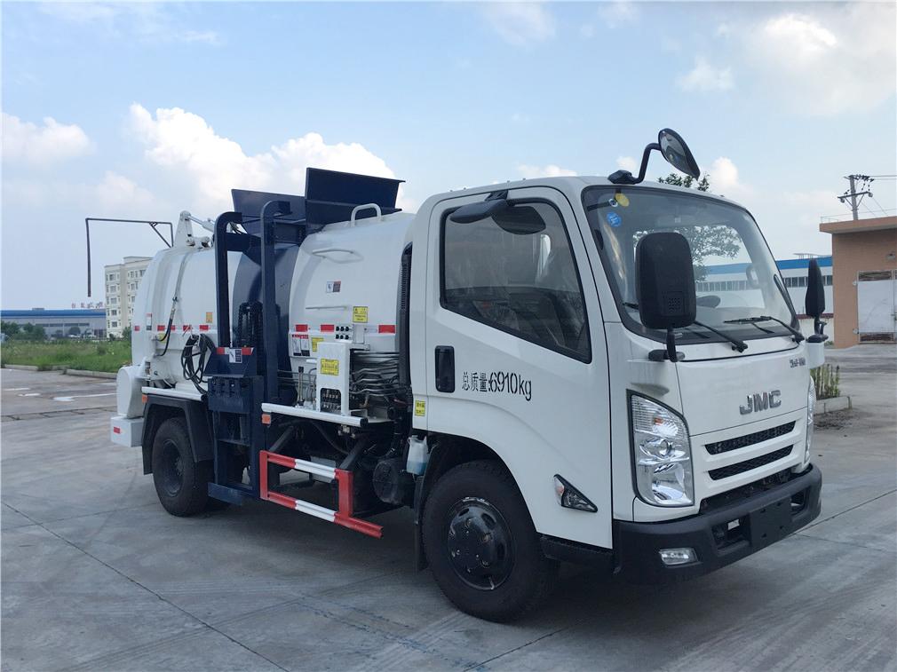 江铃(5方)JDA5070TCAJX5餐厨垃圾车车型简介