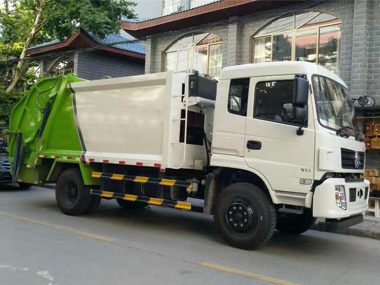 东风专底(10方)CLW5160ZYST5压缩式垃圾车车型简介