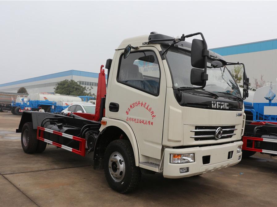 东风大多利卡(8方)CLW5080ZXXD5车厢可卸式国际车型简介